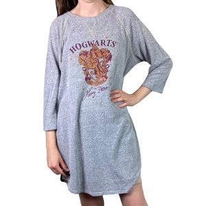 4/$25 Hogwarts Harry Potter Gryffindor Nightgown